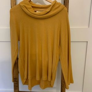 Marigold mock turtle neck new without tags